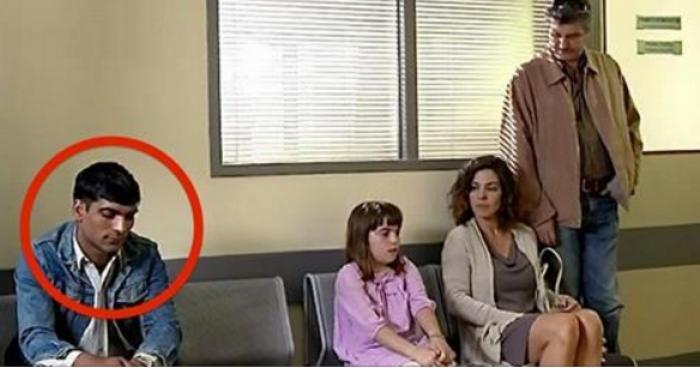 В больнице никто не хотел сидеть рядом с ним... Но через минуту доктор открыл им шокирующую правду!