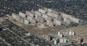 Почему нищим нельзя бесплатно давать жилье? Социализм это зло!