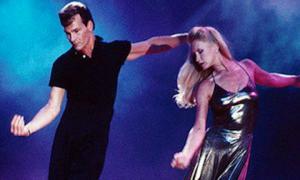 Танец Патрика Суэйзи со своей женой