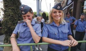 Подборка забавных заявлений и обращений в полицию